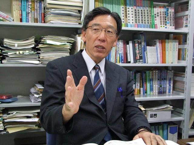 坂本教授写真3.JPG